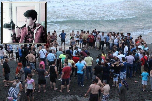 Karadeniz'in dalgaları iki kişiyi yuttu