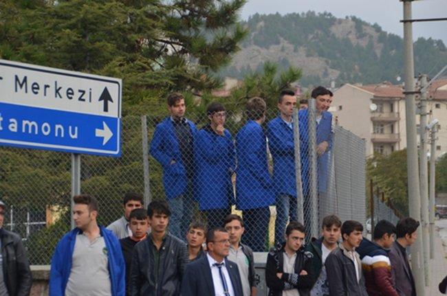 TOSYA'DA TRAFİK KAZASINDA 1 KİŞİ YARALANDI (SEDAT AĞACIKOĞLU/KASTAMONU-İHA)