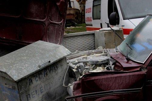 EMNİYET KEMERİ HAYAT KURTARDI KASTAMONU'DA TRAFİK KAZASI: 4 YARALI