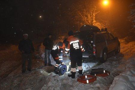 Kar Yüzünden Mahsur Kalanlar Kurtarıldı