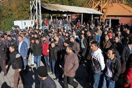 Zonguldak'ta 500 Maden İşçisine Toplu Çıkış Verildi