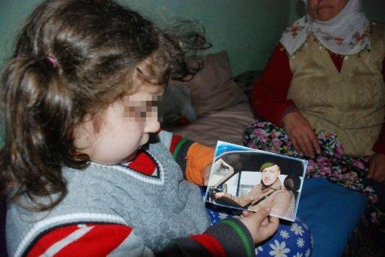 Küçük Yaşta Evlenmenin Cezasını Küçük Kız Çekiyor