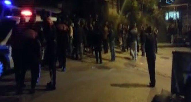 50 Kişi Sokak Ortasında Birbirine Girdi