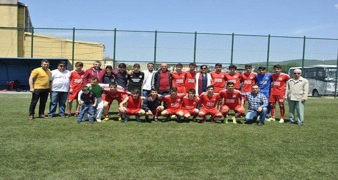 SALTUKOVASPOR-U19 FUTBOL TAKIMI ŞAMPİYON OLDU
