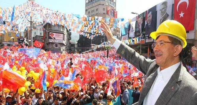 """Davutoğlu; """"Paralel Yapı Bunların Akıl Hocaları"""""""