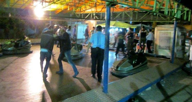 Çilek festivali savaşa döndü: 5 yaralı