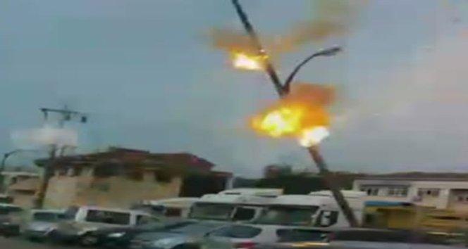 Zonguldak'ta elektrik direğindeki teller bomba gibi patladı