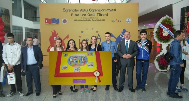 Mimar Sinan Ortaokulu öğrencisi Resim Yarışmasında Türkiye 3.cüsü Oldu