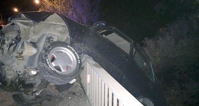 Otomobil çaya uçtu: 1 ölü, 2 yaralı