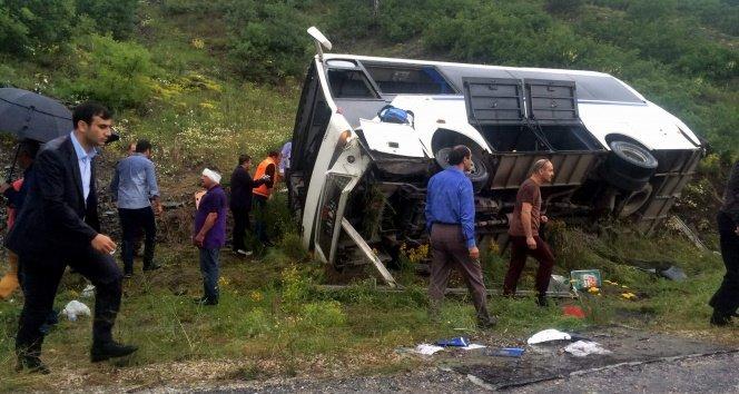 Piknik dönüşü kaza: 15 öğrenci yaralandı