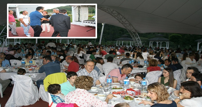 Devrek'te Meclis Üyeleri ve Belediye Personeli İftar Yemeğinde Bir Araya Geldi