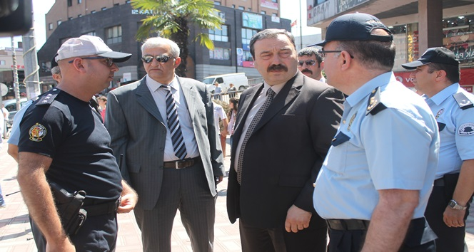 Zonguldak Trafiğine Emniyet Müdürü Bizzat El Attı