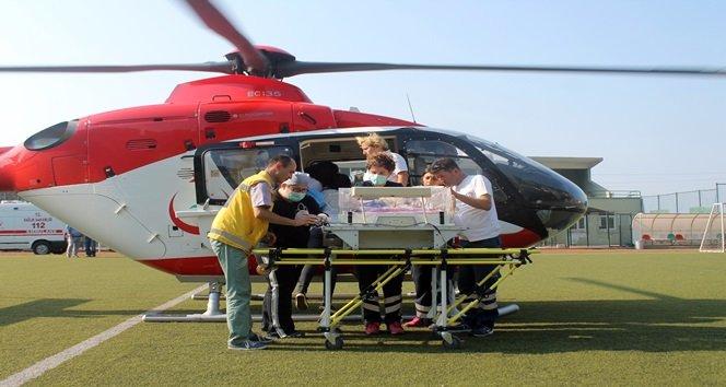 Prematüre İkizler Helikopterlerle İstanbul'a Sevk Edildi