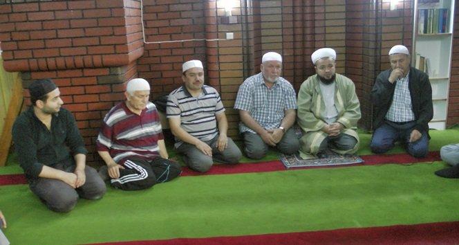 Türkali Yukarıdere Camisinde İftar Daveti Verildi (Görüntülü)