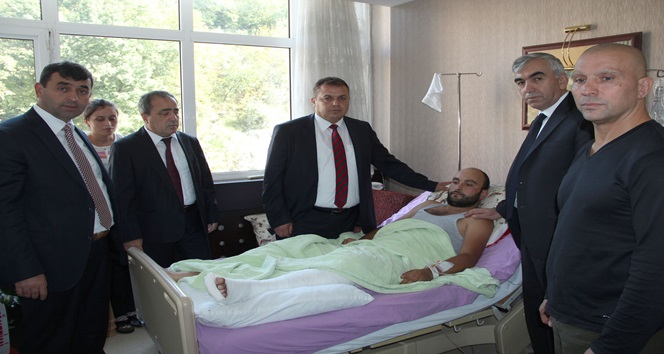 "GMİS'TEN, YARALILARA ""GEÇMİŞ OLSUN"" ZİYARETİ"