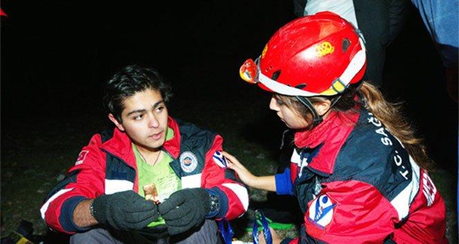 Dağda kaybolan öğrenci 7 saat sonra bulundu