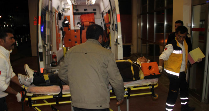 Öğrenci servisi TIR'la çarpıştı: 2 ölü, 11 yaralı
