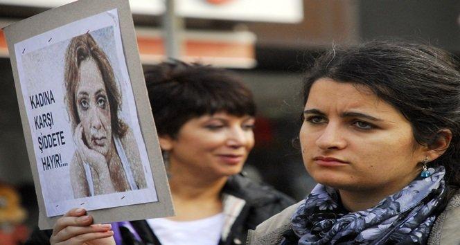 ZONGULDAKLI KADINLARDAN ŞİDDETE KARŞI PROTESTO