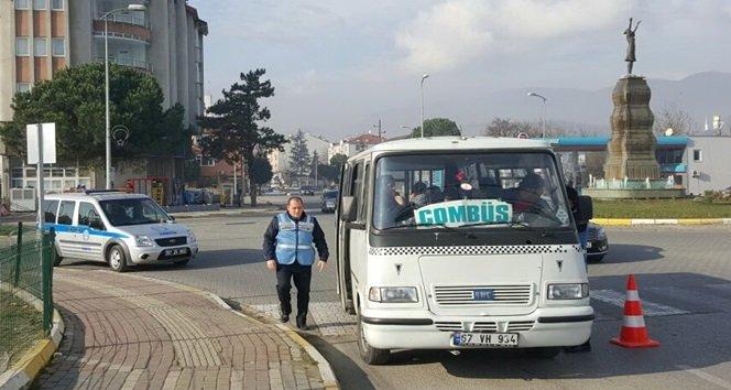 Belediye Zabıtasından Minibüs Denetimi