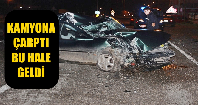 Otomobil Park Halinde Duran Kamyona Çarptı; 1 Yaralı