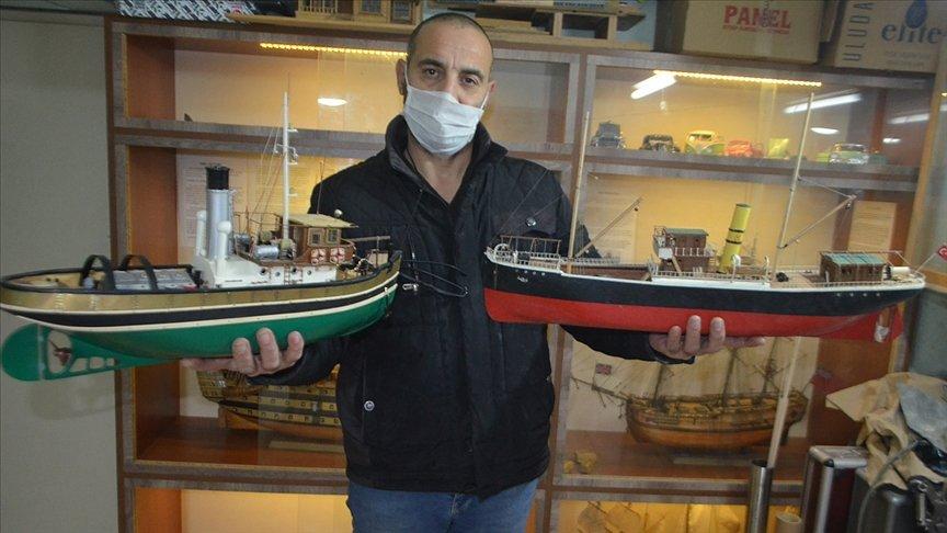 Çaycuma'da emekli gıda mühendisi ürettiği maket gemileri sergiliyor