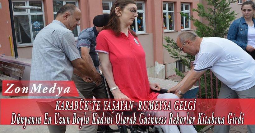 """Karabük'te yaşayan Rumeysa Gelgi, """"dünyanın un uzun boylu kadını"""" unvanıyla Guinness Rekorlar Kitabı'na girdi."""
